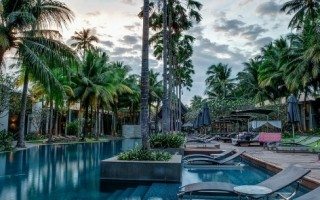 Twin Palms Phuket Resort